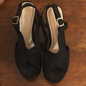 Bamboo Suede Wedges